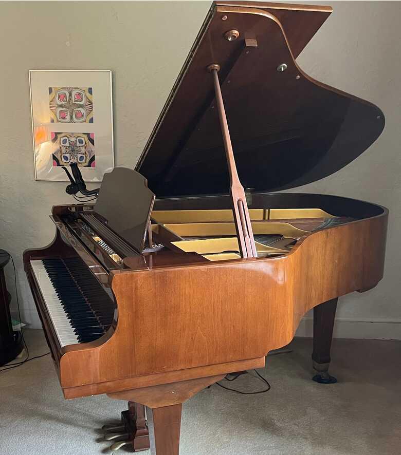 Wurlitzer grand piano