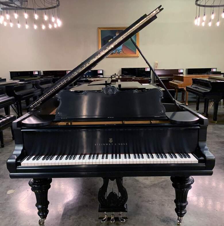 Steinway 1901  6'2″ Grand Piano In Satin Ebony | $59,900