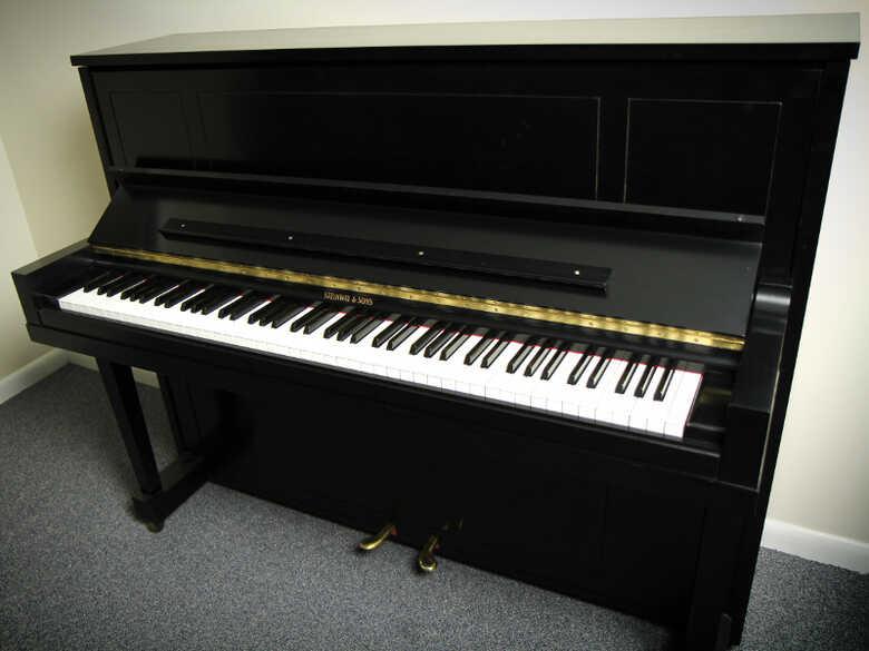 Steinway 1098 Refurbished Upright Piano - FREE Shipping!