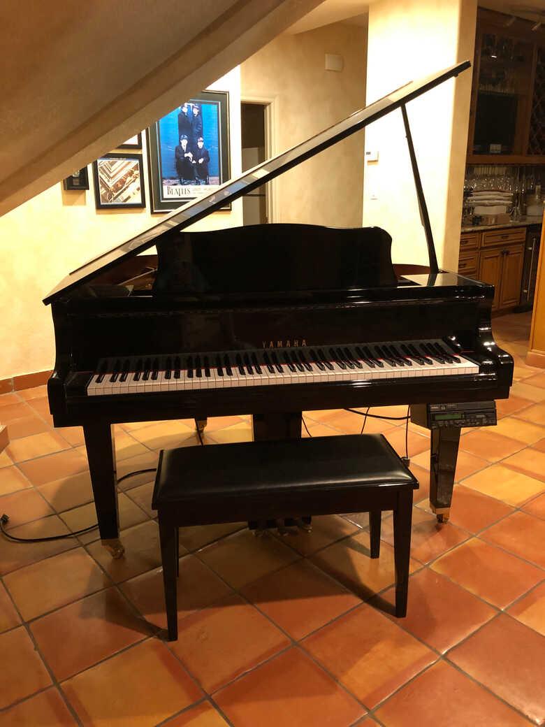 Yamaha GB1 Baby Grand Piano with Disklavier Mark III