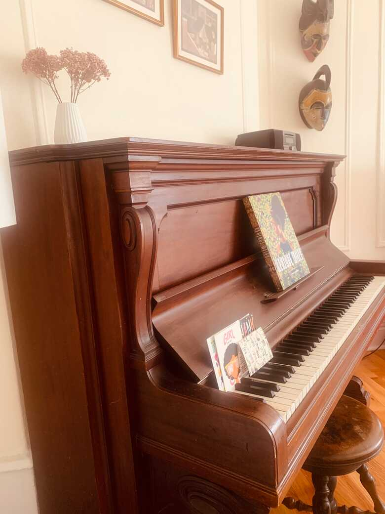 Beautiful antique Steinway upright that needs some work