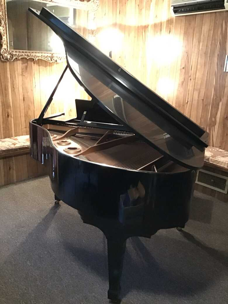 baby grand perfect condition