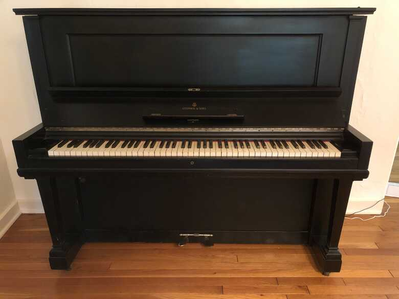 1910 Upright Steinway in Black Ebony, Excellent Condition