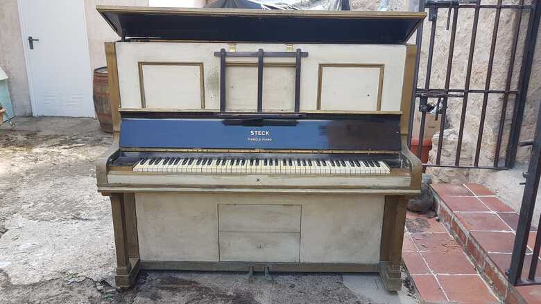 Rare pianola of 1920