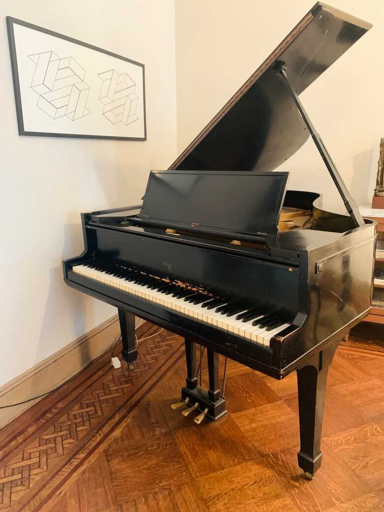 Beautiful Sohmer Baby Grand Piano For Sale