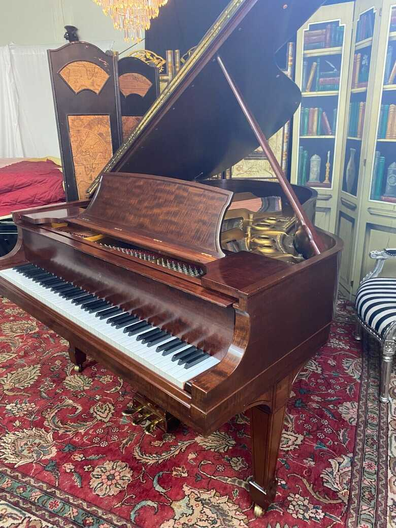 """STEINWAY & SONS 5'11 1/2 model """" L """" piano"""
