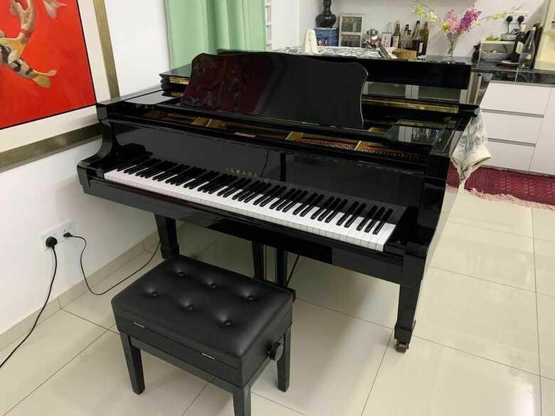 Amazing 1984 Yamaha grand piano C7