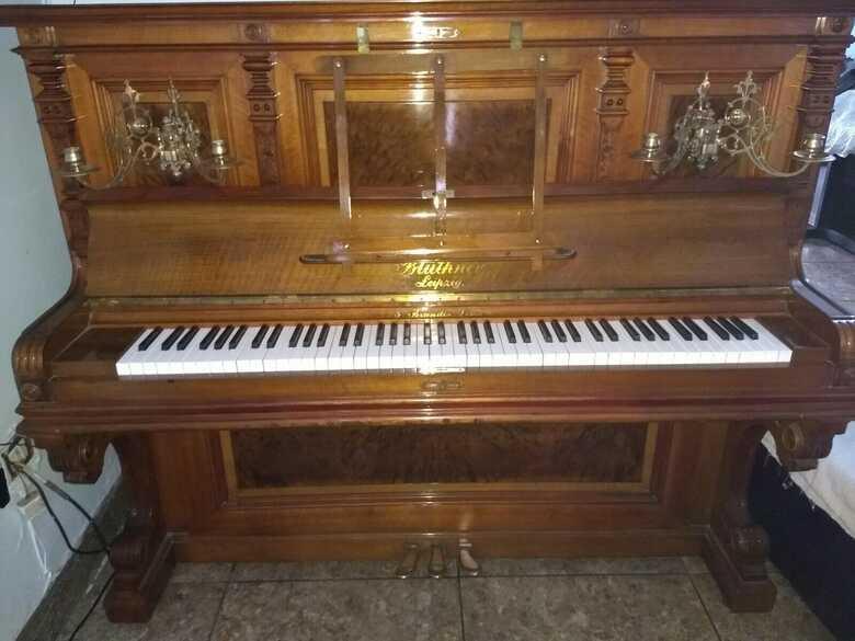 "Astonishing Bluthner 55"" professional upright piano & Steinw"