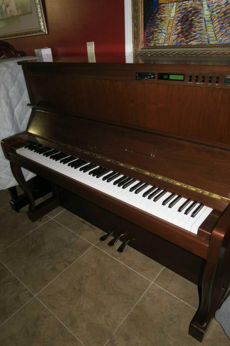 Yamaha disklavier Upright piano ( U1 base)