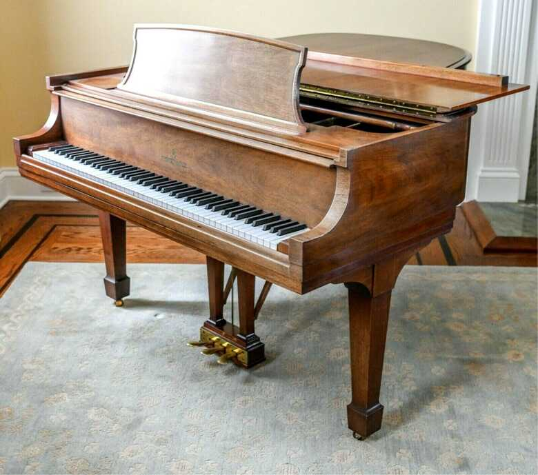"""One owner STEINWAY & SONS 5'11 1/2 model """"L"""" piano"""