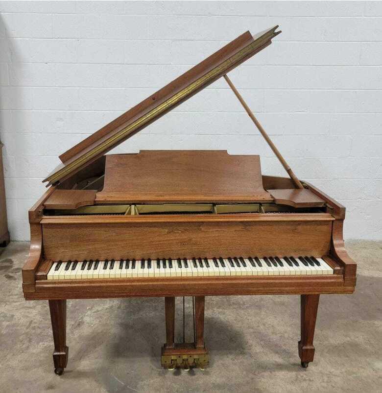"""STEINWAY & SONS 5'7 model """" M """" piano eb"""